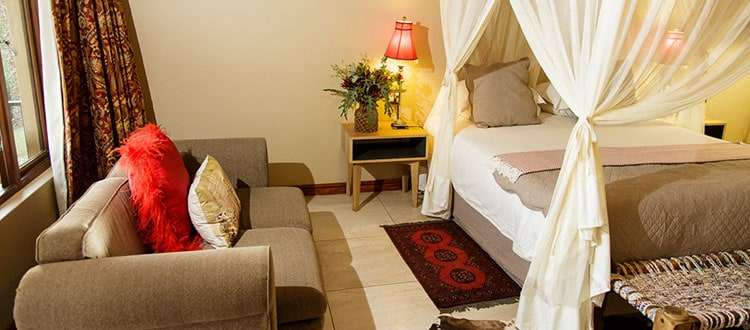 Oudtshoorn Dezeekoe Deluxe Room Accommodation